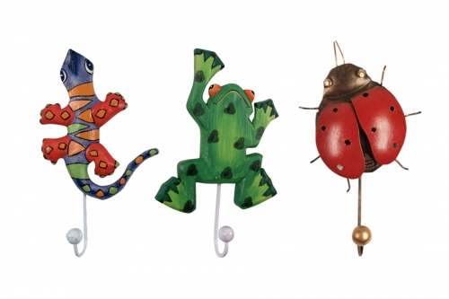 Clothes hooks for children